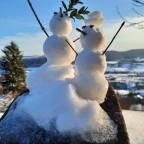 Zwei kleine Schneemänner oder Frauen - 12.02.21