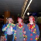 Am U-Bahnhof in München. So was nenn ich Maschkera.
